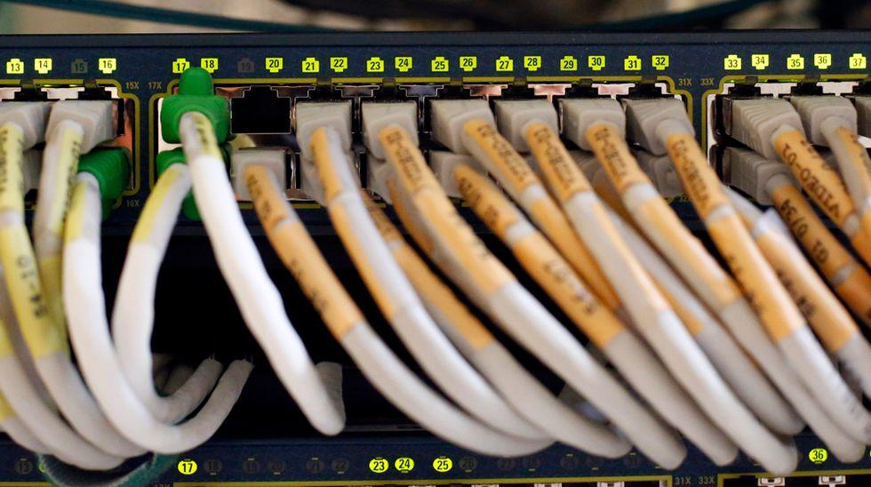 Telecom Italia e la rete: perché è così importante