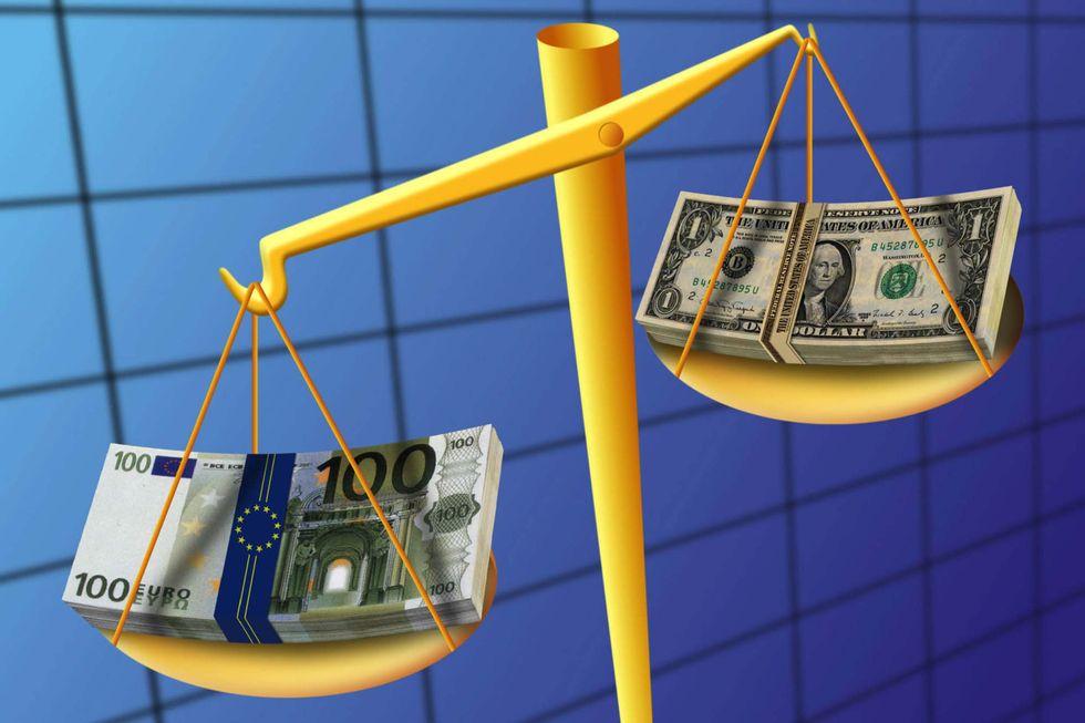 Supereuro: vantaggi e svantaggi di una valuta forte