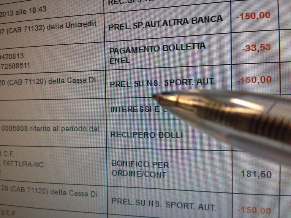Conti correnti: quanto costano in Italia e come si fa a cambiarli