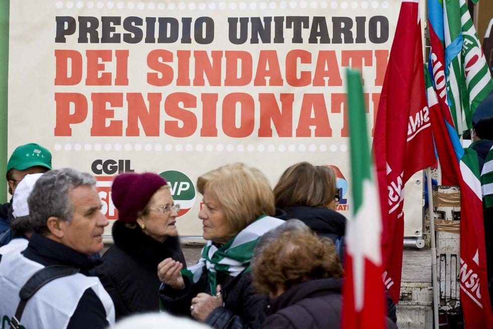 Pensioni: i tagli in vista con la spending review di Cottarelli e la mini-riforma Giovannini
