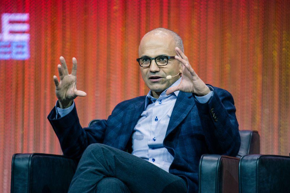Con Nadella al timone Microsoft punta dritto su Google