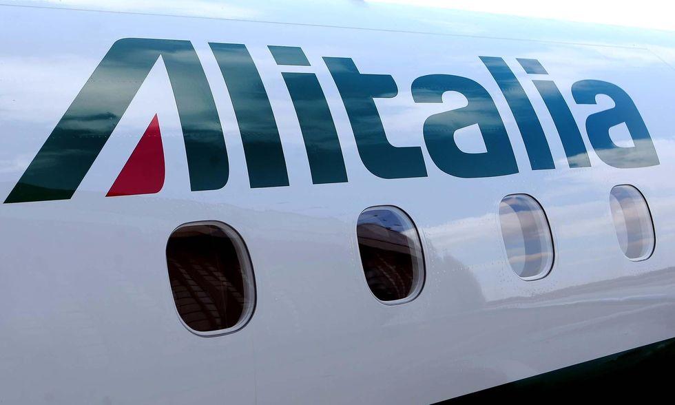 Alitalia: c'è l'accordo sugli esuberi