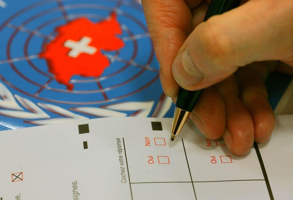 Cosa cambia per chi lavora in Svizzera dopo il referendum