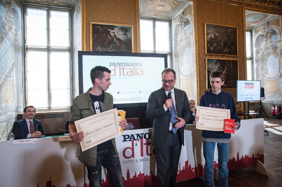 300 libri a tre istituti superiori di Torino