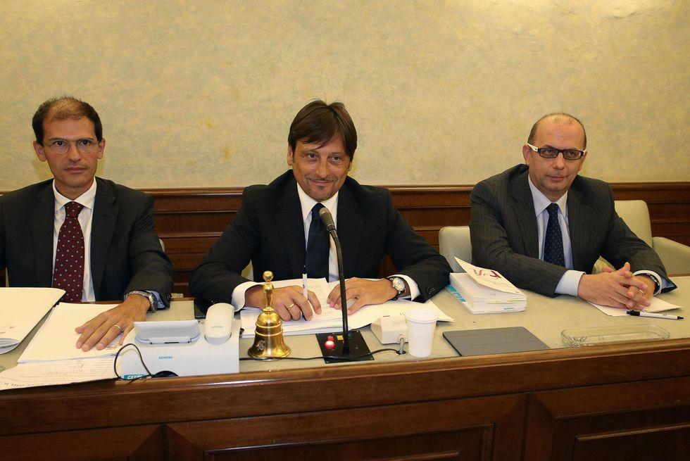 È scontro alla Giunta del Senato su Berlusconi