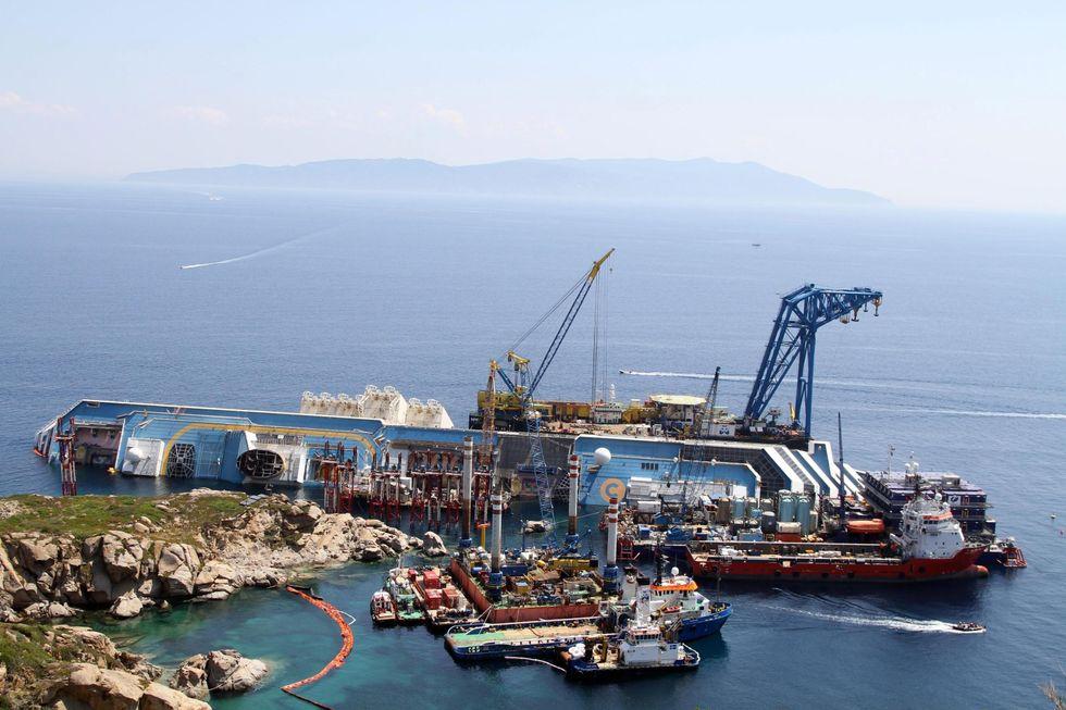 Costa Concordia: il recupero in cifre (da capogiro)