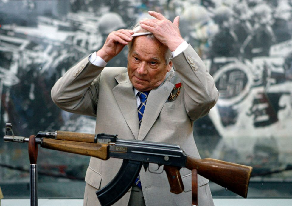 Ak-12, esce il nuovo Kalashnikov