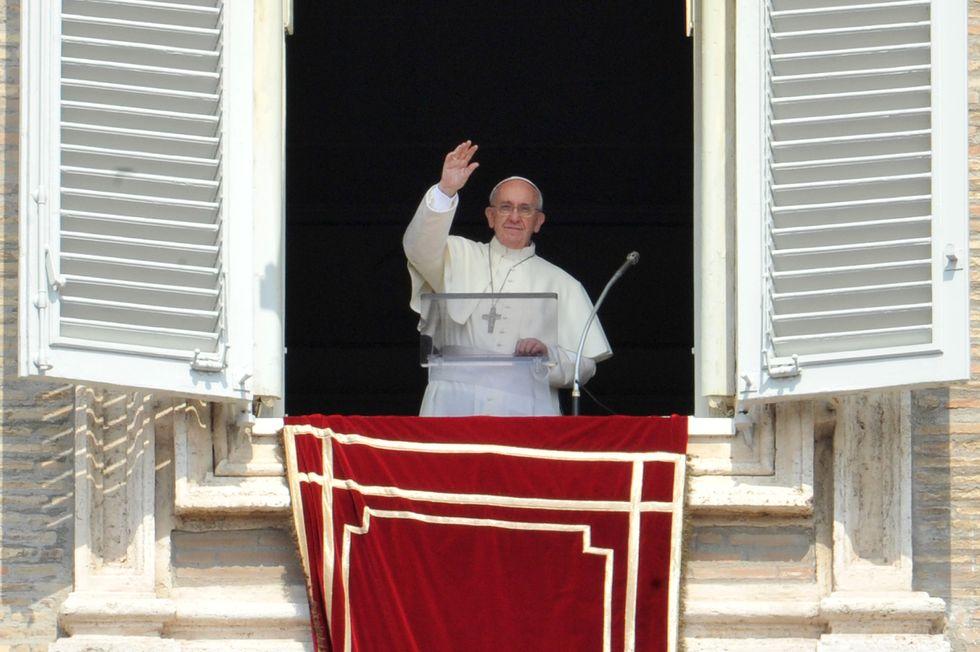Le reazioni del web all'intervista di papa Francesco