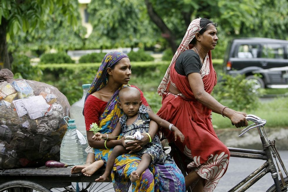 Calcutta dice addio alle biciclette