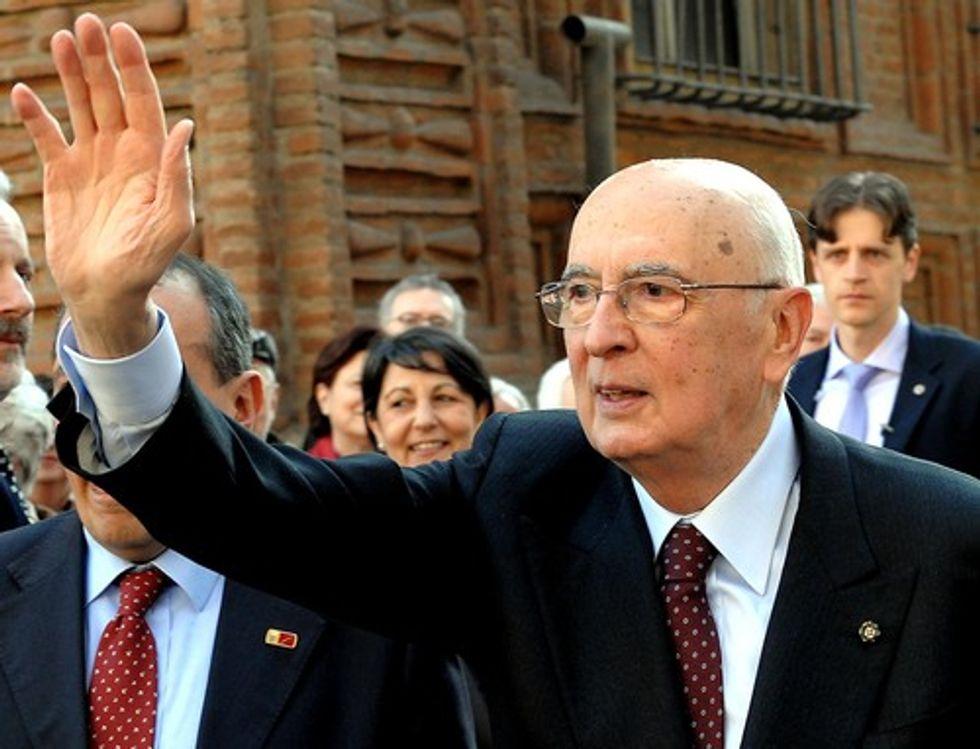 Amnistia salva-Berlusconi, una bufala a cinque stelle