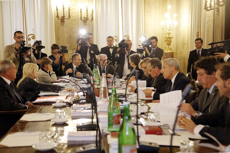 Berlusconi: verso il voto palese con polemiche