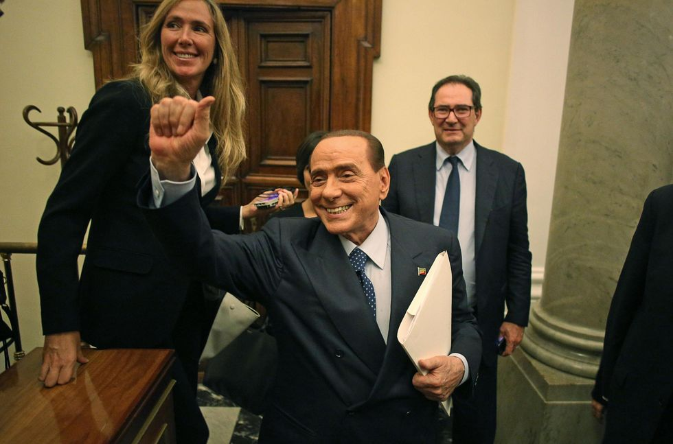 La lucida follia di Berlusconi