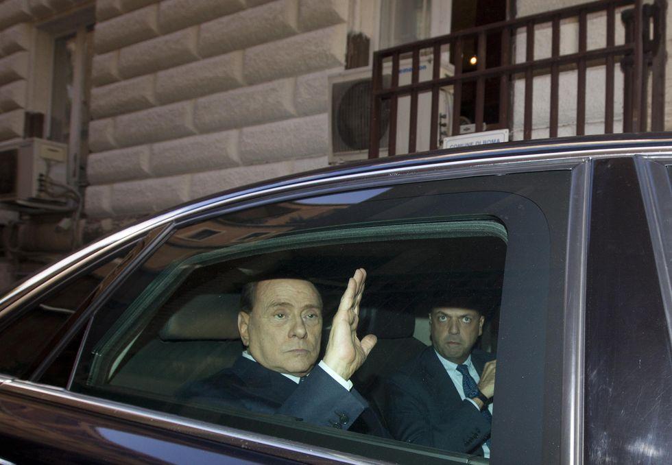 Berlusconi ed Alfano: dolcetto o scherzetto?