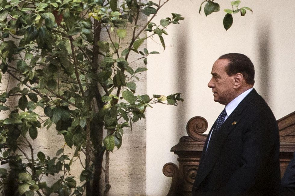 Tutti gli insulti a Berlusconi
