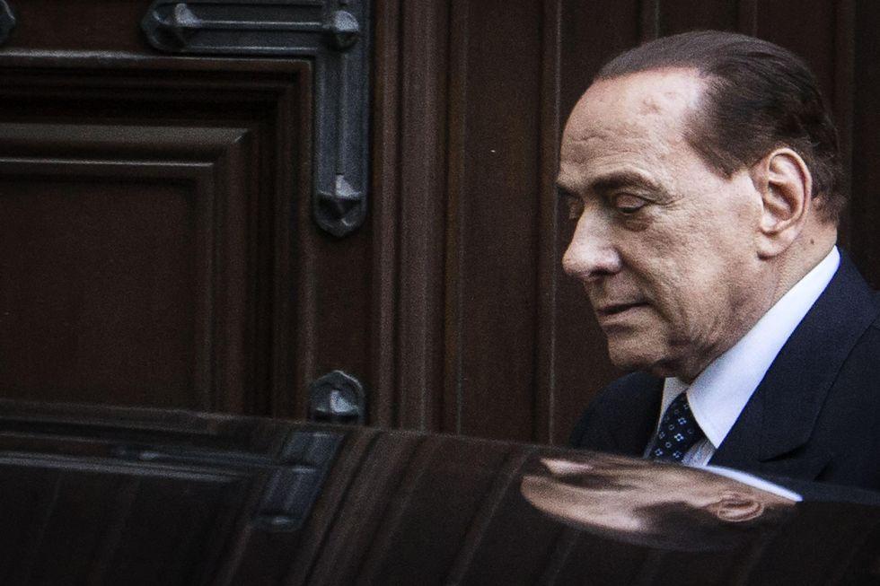 """Berlusconi: """"Basta polemiche, serve partito unito"""""""