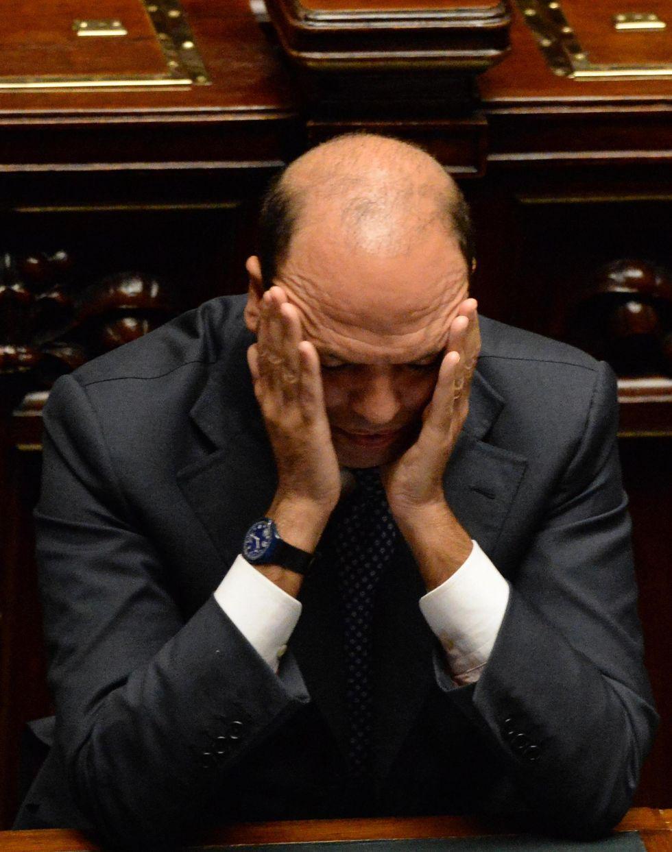 Alfano-Berlusconi, trattativa ad oltranza
