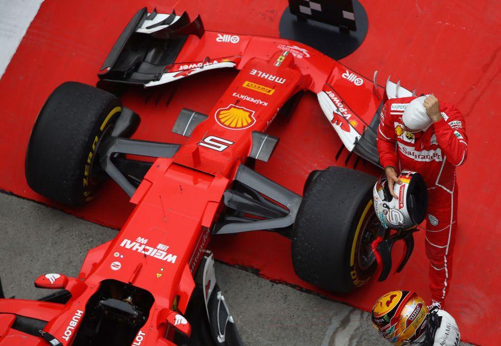Gp Cina, Ferrari sul podio (e Vettel sfida il vincitore Hamilton)