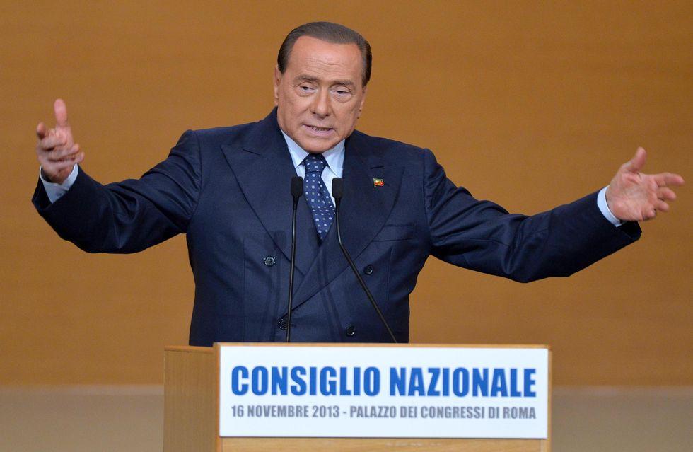 Cos'ha detto davvero Berlusconi ai suoi (e ad Alfano)