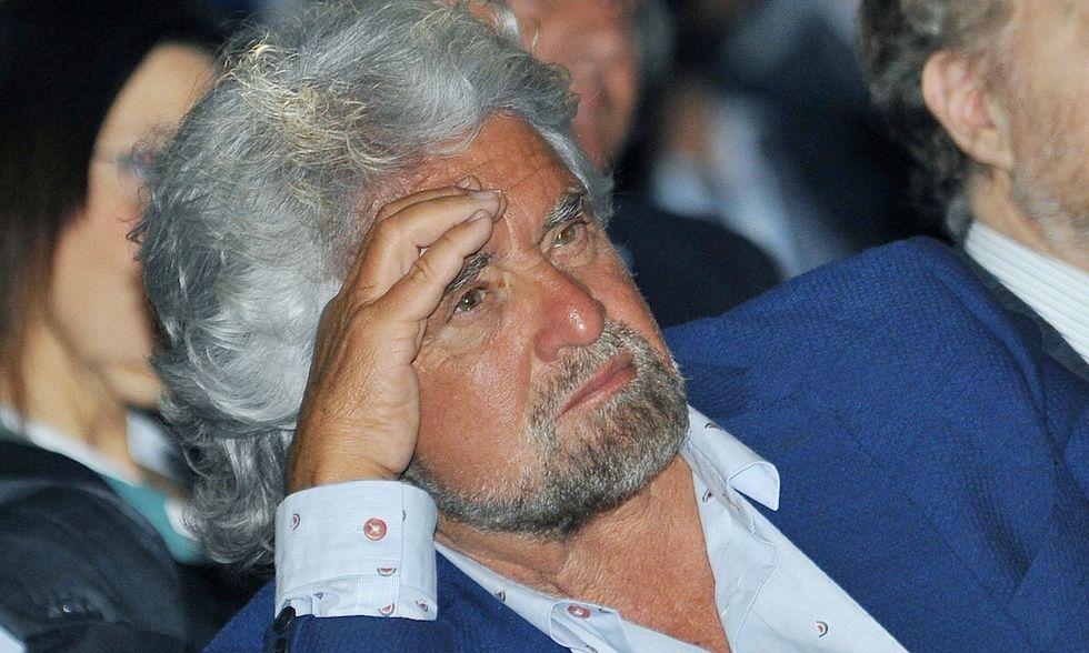 M5S: Grillo dribbla cronisti, parlate con Casaleggio