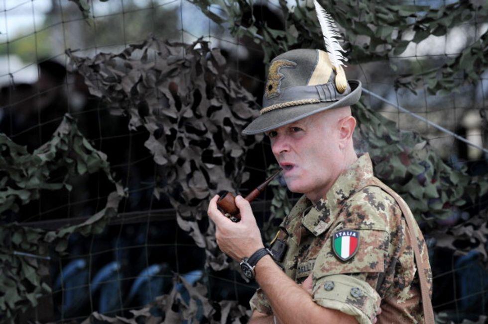 """Mario Mauro: """"In Kosovo gli italiani sono ancora determinanti"""""""