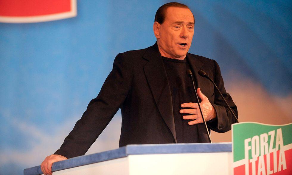Così Berlusconi sta cuocendo Renzi a fuoco lento