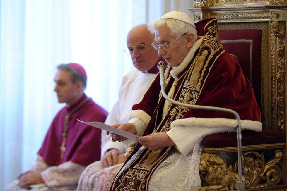 Benedetto XVI un anno dopo: ecco chi lo rimpiange