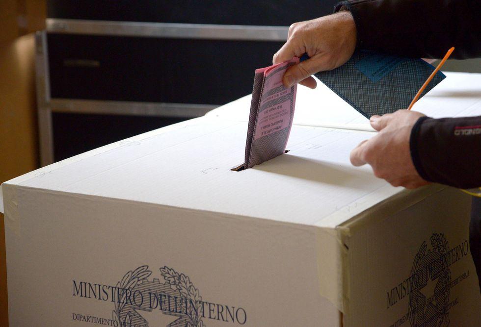 La guerra di Teulada contro le elezioni regionali in Sardegna
