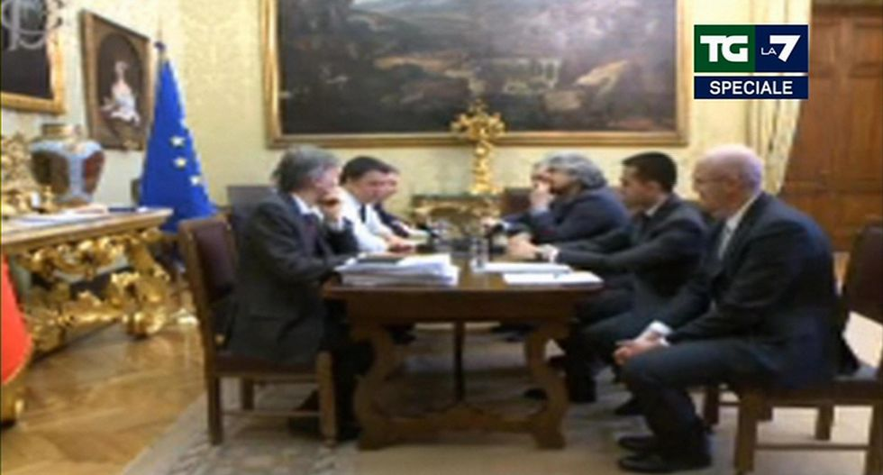 Ecco perché Grillo ha mandato Renzi al tappeto
