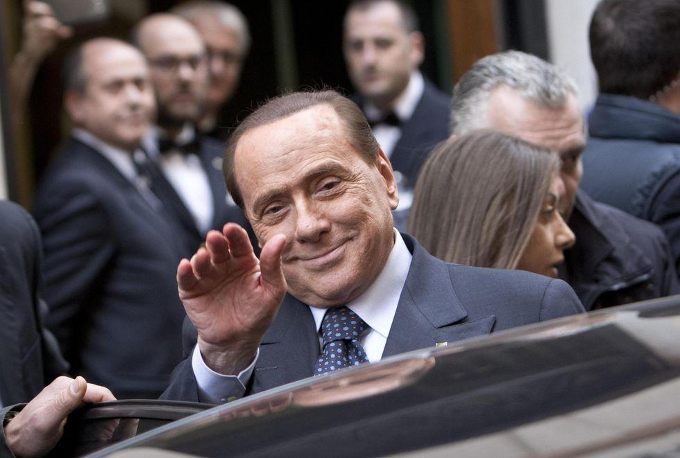 Berlusconi-Alfano e la partita a poker