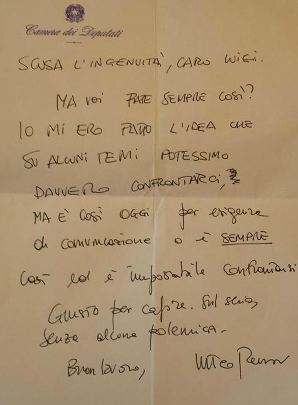I messaggi (o pizzini) di Renzi a Di Maio