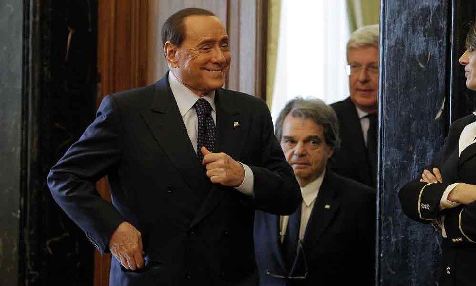 Riforma elettorale, Berlusconi spiazza Alfano e (ri)trova l'accordo con Renzi