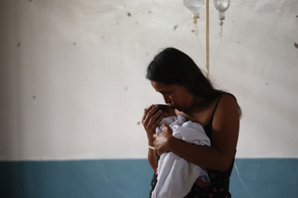 Donne e maternità, storie e dubbi