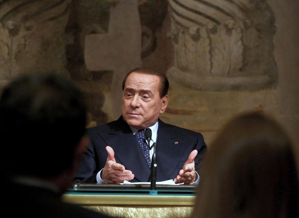 """Dalla Cassazione a """"La Repubblica"""": chi ha paura di Berlusconi alle europee?"""