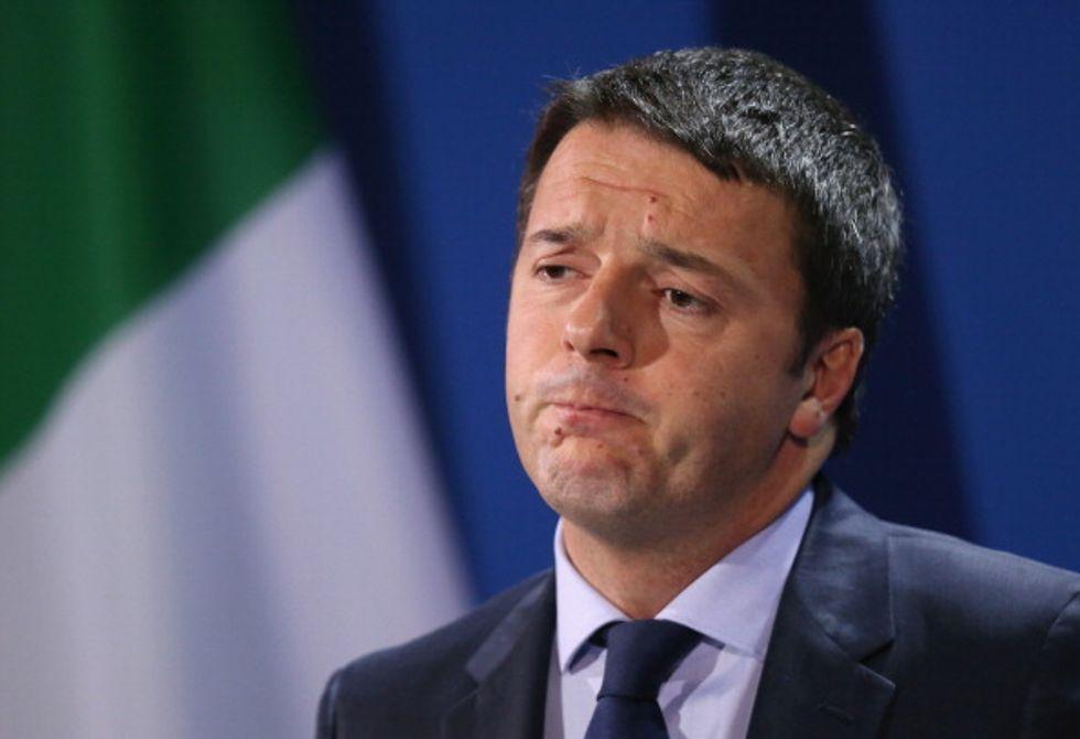 E Renzi a sorpresa diventa tifoso di Forza Italia