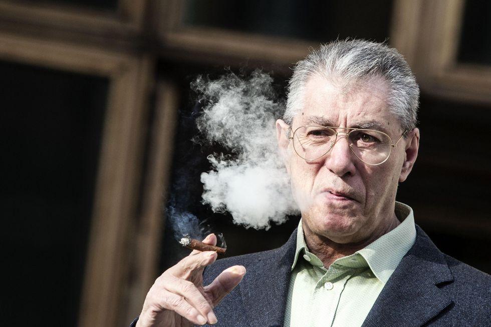 """Bossi: """"Monti e Napolitano hanno affossato il federalismo fiscale"""""""