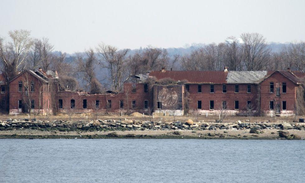 L'isola dei morti dimenticati alle porte di New York