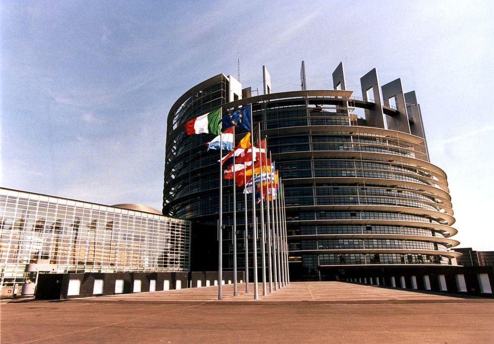 Europarlamentari: quanto guadagnano?