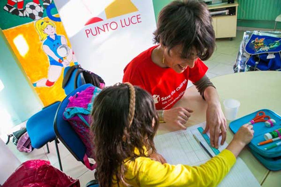 """Save the Children """"illumina il futuro"""" dei bimbi italiani"""