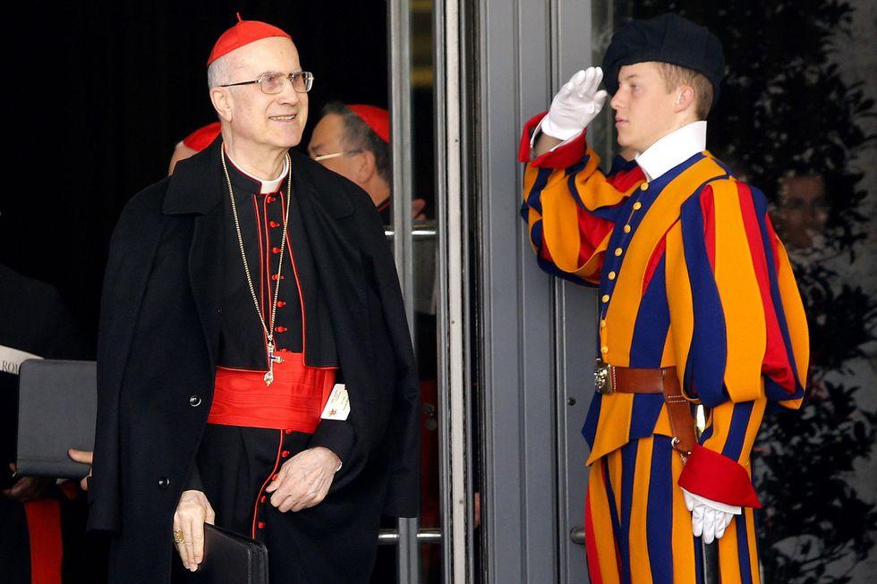 Il cardinale Bertone e i 15 milioni spariti: ecco la vera storia