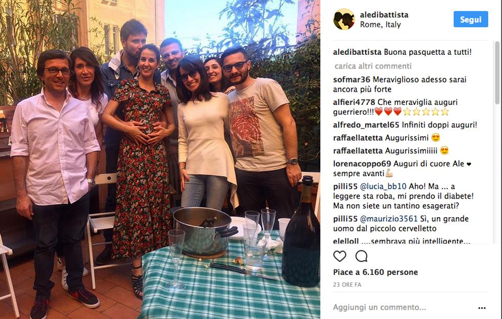 La foto che annuncia la gravidanza della fidanzata di Alessandro Di Battista