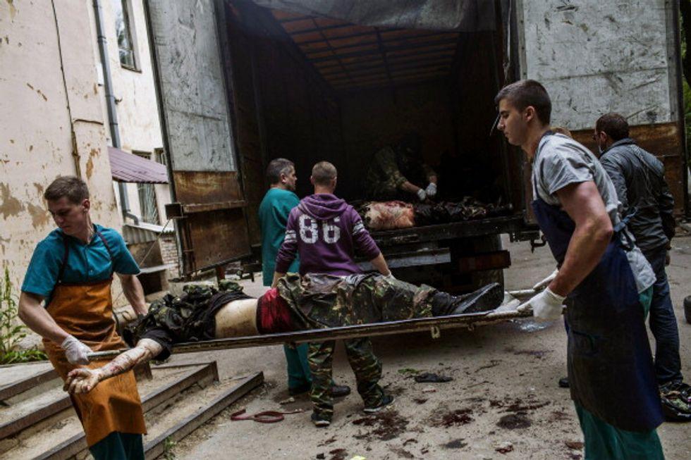 Ucraina: Donetsk in fiamme