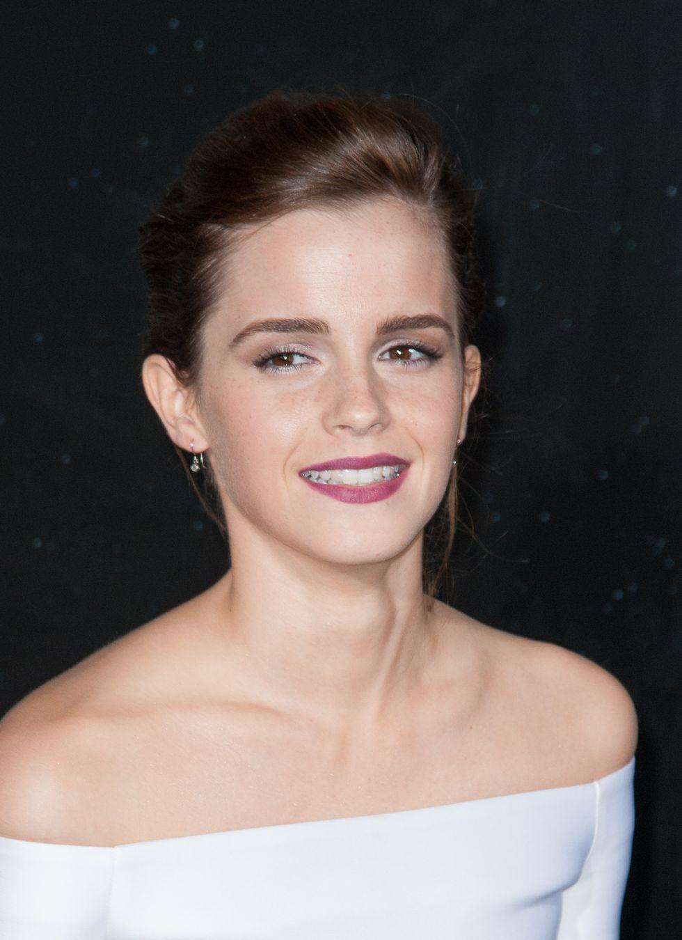 """Emma Watson, la più sexy del """"reame"""""""