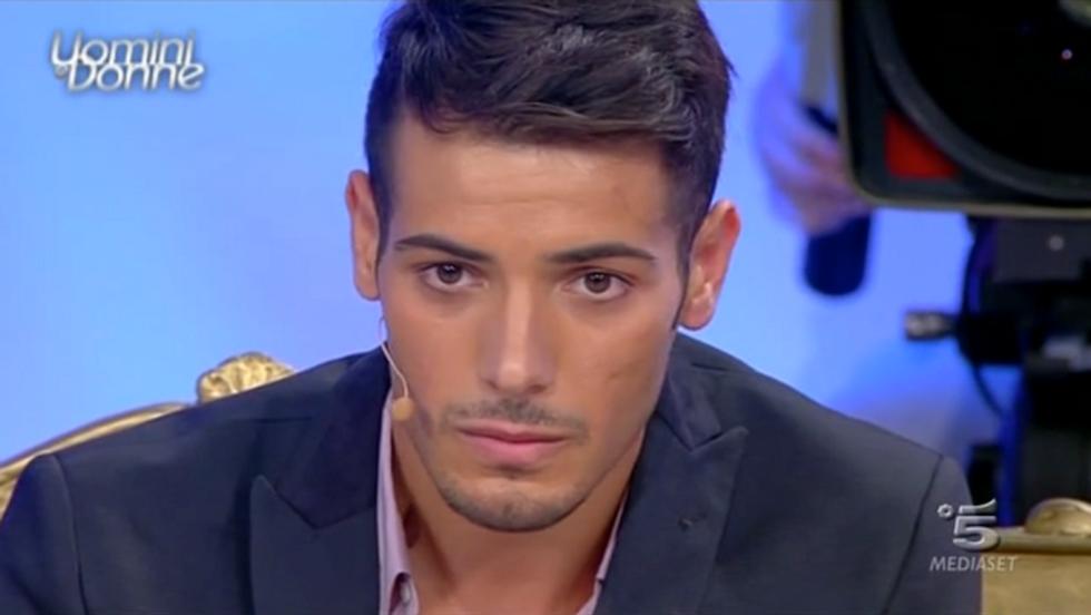 Uomini e Donne 2013: Aldo e Stefania si baciano, Tommaso elimina Flavia e Alessia
