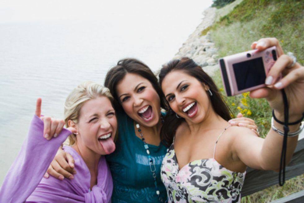 Allarme Usa: i selfie aumentano il rischio pidocchi
