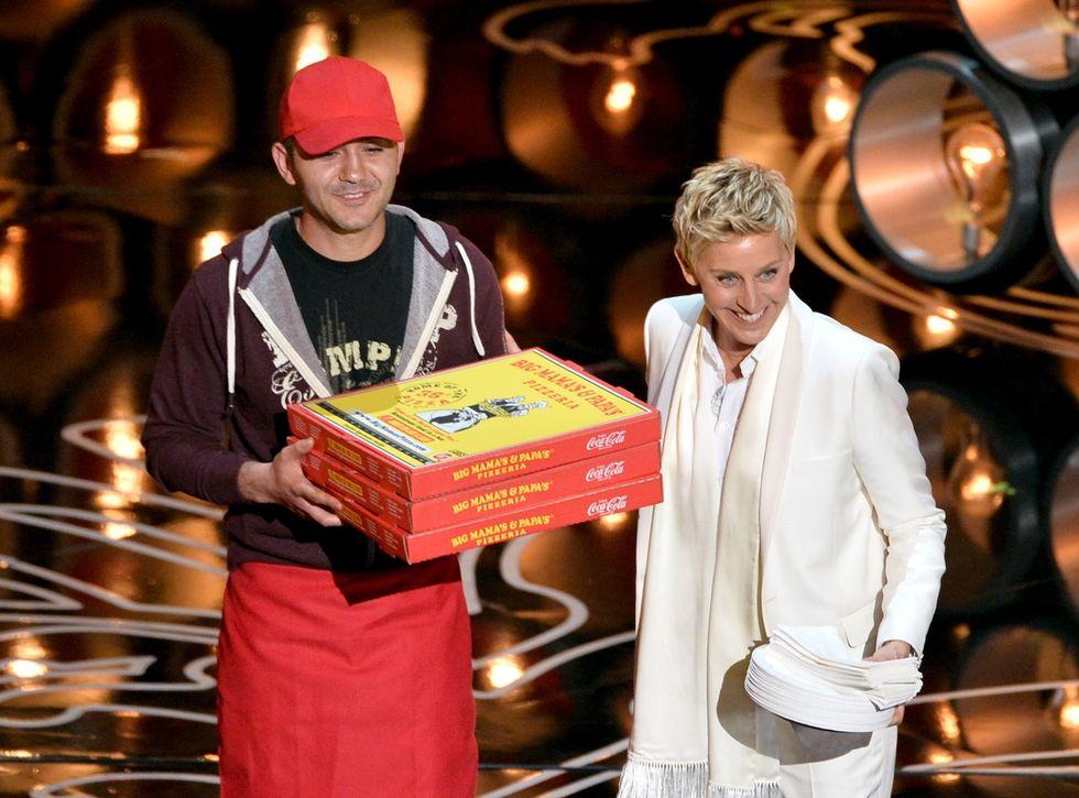 """Mancia di 1.000 dollari per il """"Pizza guy"""" degli Oscar"""