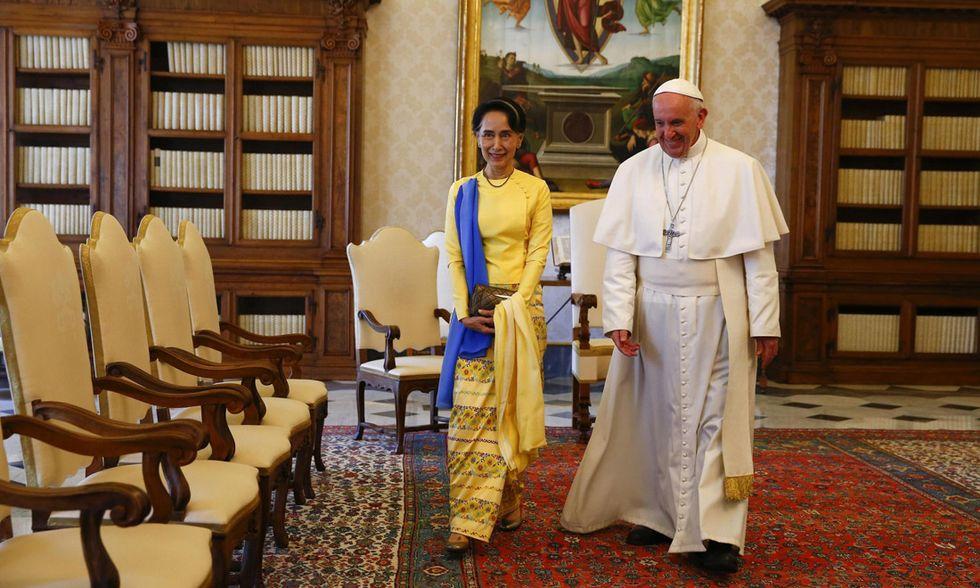 Papa Francesco e Aung San Suu Kyi