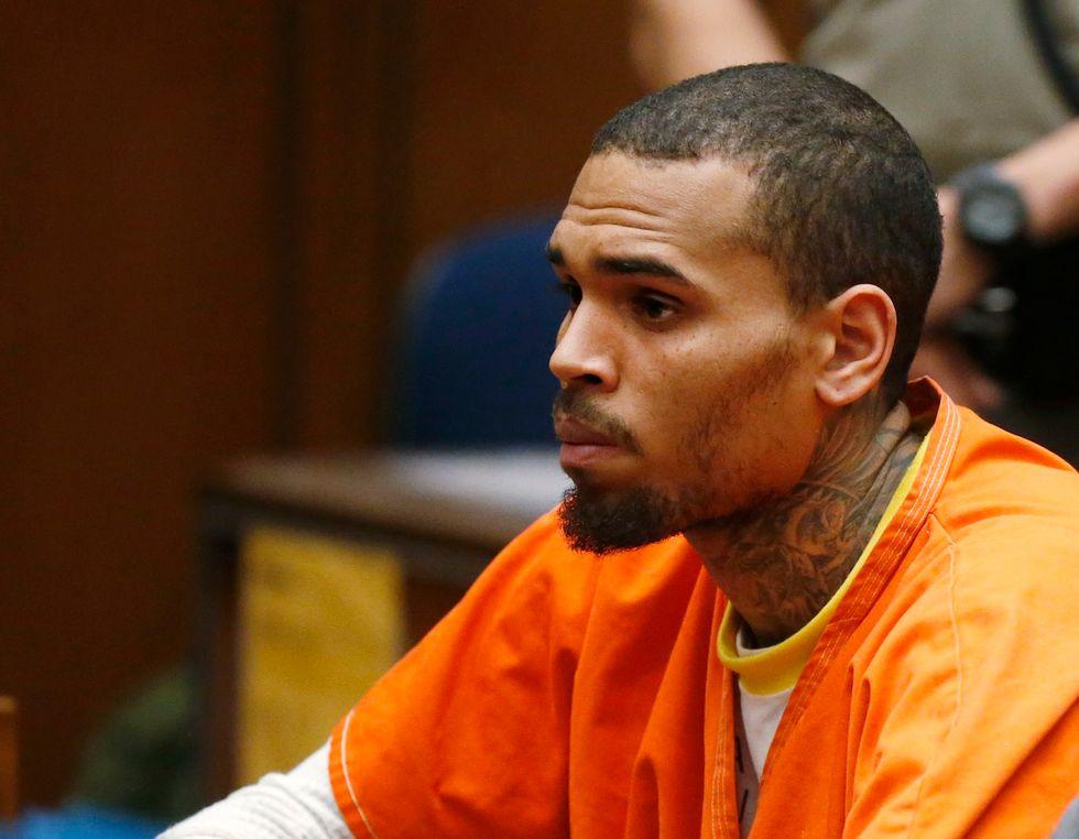 Chris Brown resta in carcere