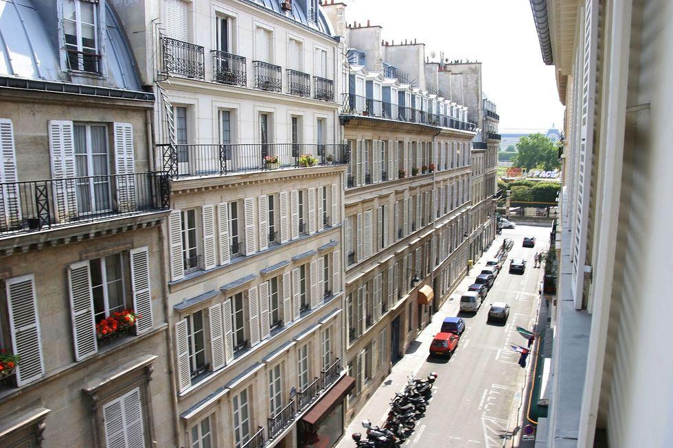 Parigi: 330 euro d'affitto per 1,5 metri quadrati di casa