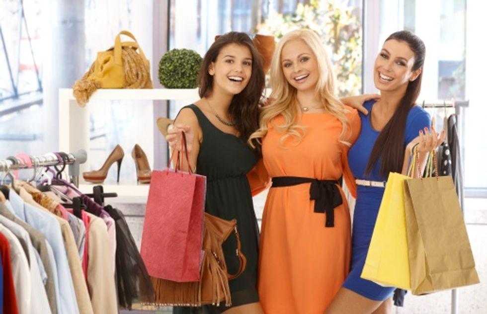 Sceicco arabo cerca ragazze italiane per fare shopping