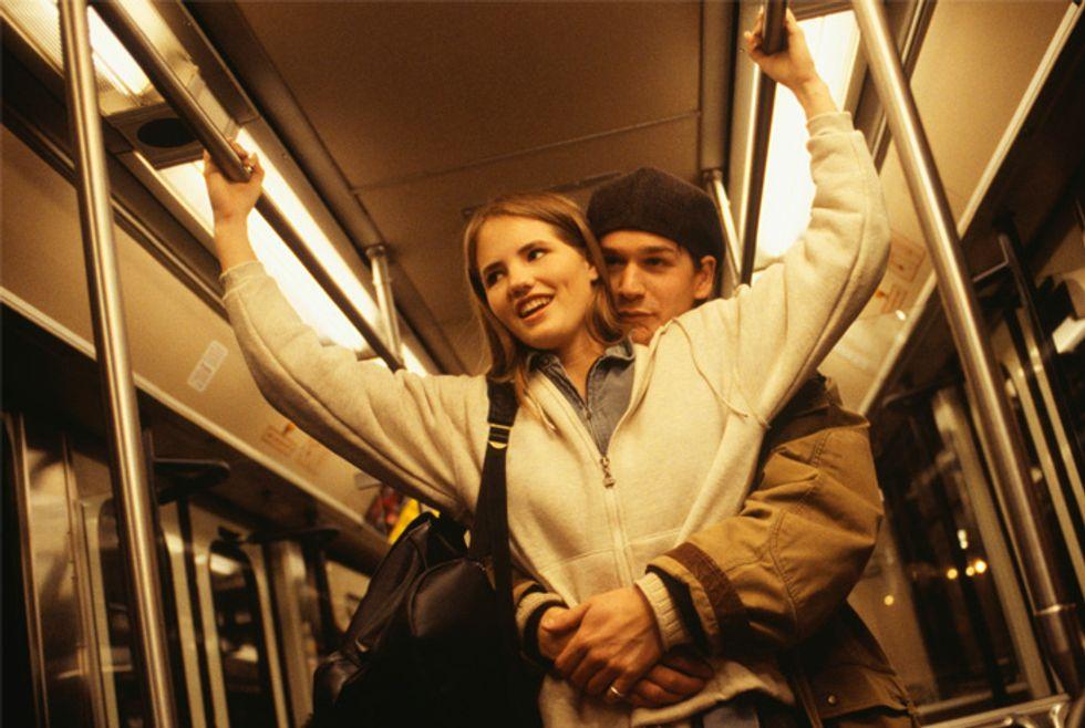 Dating online: con Cityglance l'amore è in metrò